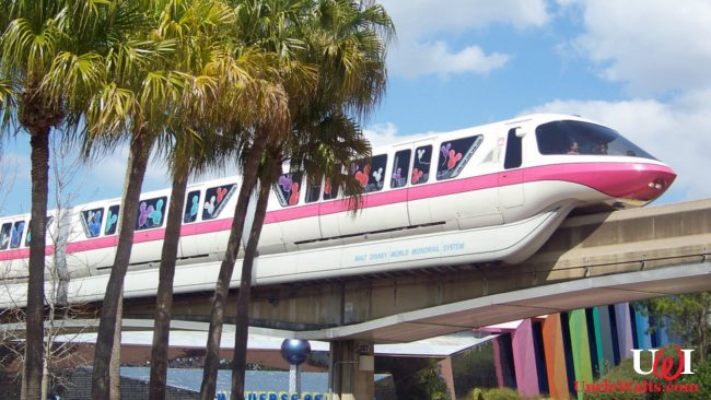 Soon-to-be-replaced monorail at Walt Disney World. Photo by Evan Wohrman [CC BY-SA 2.0] via Flikr.
