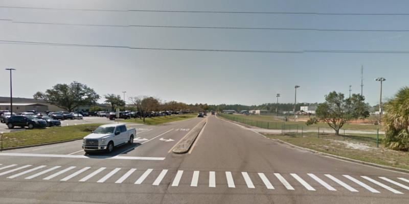 Vista Drive entrance. © 2018 Google / Street View