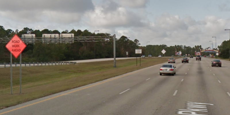 Osceola Parkway entrance. © 2018 Google / Street View