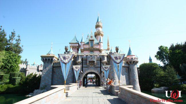 A random building at Disneyland. Photo by Carterhawk [CC BY-SA 3.0] via Wikimedia Commons.