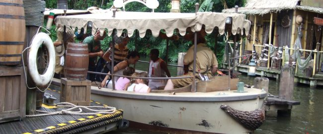 Jungle Cruise. Photo by DearCatastropheWaitress [CC-BY-SA-3.0] via Wikimedia Commons.