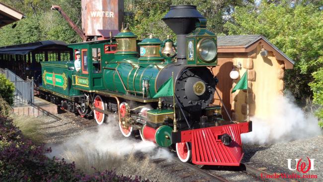 Walt Disney World Railroad before the Tron retheming. Photo by Jackdude101 [CC BY-SA 4.0], via Wikimedia Commons.