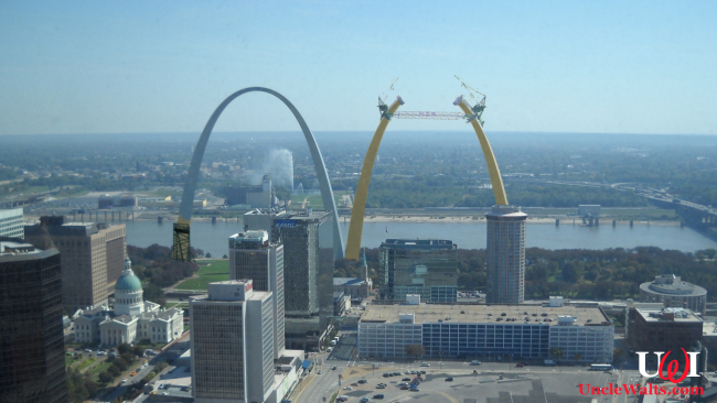 St. Louis adds a second arch, sponsored by McDonald's. Photo by AfricanGeo [CC BY-SA 3.0] via Wikimedia Commons, modified.