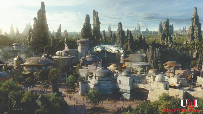 No toilets visible at Galaxy's Edge. Photo courtesy Disney.
