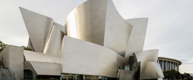 The Walt Disney Concert Hall, Plan B. Photo by Tuxyso [CC BY-SA 3.0] via Wikimedia Commons.