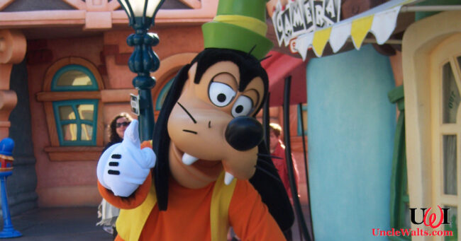 Goofy, shortly after being appointed CEO. We're assuming Toon Town is in shambles now. Photo by Loren Javier [CC BY-ND 2.0] via Flickr.