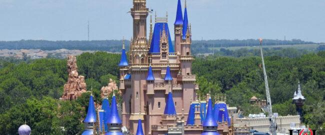 Vandals paint Cinderella Castle a hideous pink color. Photo by Laughing Place via Twitter.