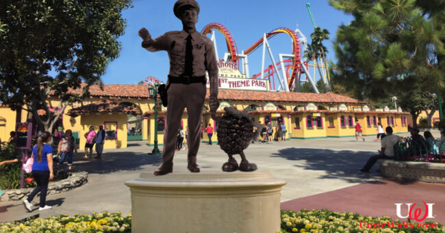 "The ""Barners Statue"" at Knotts Berry Farm."