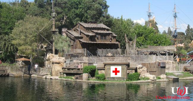 At least no one ever dies inside a Disney park, right? Photo by deror_avi [CC BY-SA 3.0] via Wikimedia.