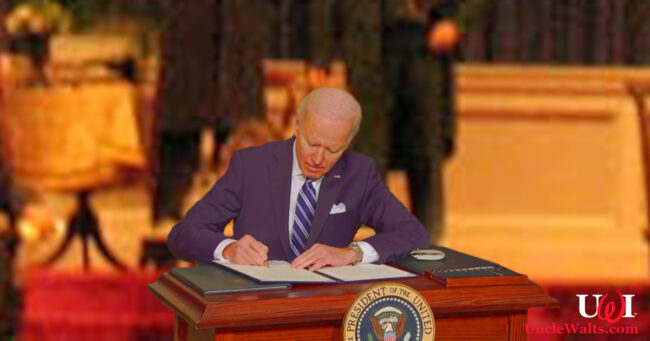 Cover photo: Our first robot president signs another diktat. Photo by WillMcC [CC BY-SA 3.0] via Wikimedia / ABC News.